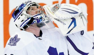 Sloppy plays cost Leafs a win in Florida